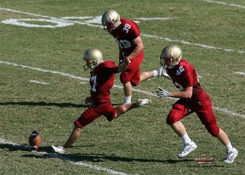 youth-football-game